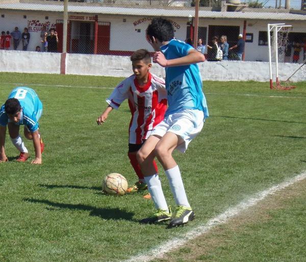 Fútbol  Comienzan las semifinales en Juveniles Se juegan en las canchas de  Carabelas y Unión. Si algún equipo de Rojas se consagra en la Alianza  también ... 92cf20bc323fe